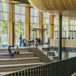 大学無償化は在学生も対象に!ただし2浪まで。【ワイ3浪で対象外】